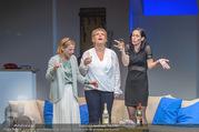 Bühnenfotos Honigmond - Stadttheater Berndorf - Mo 05.09.2016 - Kristina SPRENGER, Susanna HIRSCHLER, Adriana ZARTL64