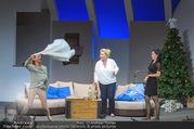 Bühnenfotos Honigmond - Stadttheater Berndorf - Mo 05.09.2016 - Kristina SPRENGER, Susanna HIRSCHLER, Adriana ZARTL74