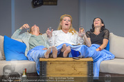 Bühnenfotos Honigmond - Stadttheater Berndorf - Mo 05.09.2016 - Kristina SPRENGER, Susanna HIRSCHLER, Adriana ZARTL79