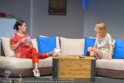 Bühnenfotos Honigmond - Stadttheater Berndorf - Mo 05.09.2016 - Kristina SPRENGER, Adriana ZARTL87