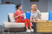 Bühnenfotos Honigmond - Stadttheater Berndorf - Mo 05.09.2016 - Kristina SPRENGER, Adriana ZARTL88