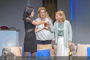 Bühnenfotos Honigmond - Stadttheater Berndorf - Mo 05.09.2016 - Kristina SPRENGER, Susanna HIRSCHLER, Adriana ZARTL9
