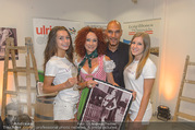 Jungwinzerinnen Kalender Präsentation - Ulrich Etiketten - Di 06.09.2016 - Christina LUGNER, Cyril RADLHER mit 2 Kalendermodels3