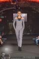 Runway Fashion Show - Kattus Sektkellerei - Di 06.09.2016 - Model am Laufsteg, Modenschau30