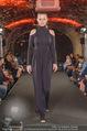 Runway Fashion Show - Kattus Sektkellerei - Di 06.09.2016 - Model am Laufsteg, Modenschau34
