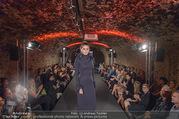 Runway Fashion Show - Kattus Sektkellerei - Di 06.09.2016 - Model am Laufsteg, Modenschau38