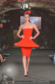 Runway Fashion Show - Kattus Sektkellerei - Di 06.09.2016 - Model am Laufsteg, Modenschau41
