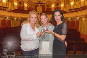 Premiere ´Honigmond´ - Stadttheater Berndorf - Do 08.09.2016 - Susanne HIRSCHLER, Adriana ZARTL, Kristina SPRENGER1