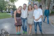 Premiere ´Honigmond´ - Stadttheater Berndorf - Do 08.09.2016 - Familie Gerold RUDLE mit Kindern Tim u. Nikola, Monica WEINZETTL25