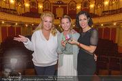 Premiere ´Honigmond´ - Stadttheater Berndorf - Do 08.09.2016 - Susanne HIRSCHLER, Adriana ZARTL, Kristina SPRENGER6