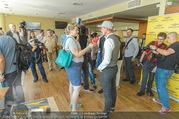 Breitling Super Constellation - Flughafen Wien Schwechat - Fr 09.09.2016 - 14
