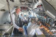 Breitling Super Constellation - Flughafen Wien Schwechat - Fr 09.09.2016 - Thomas MORGENSTERN im Cockpit57