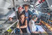 Breitling Super Constellation - Flughafen Wien Schwechat - Fr 09.09.2016 - Thomas MORGENSTERN, Ingrid THURNHER, Peter KELLNER im Cockpit65