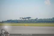 Breitling Super Constellation - Flughafen Wien Schwechat - Fr 09.09.2016 - Das Flugzeug beim Starten67