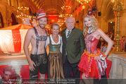 10. Trachtenpärchenball Teil 1 - Rathaus - Fr 09.09.2016 - Michael H�UPL mit Ehefrau Barbara (H�RNLEIN), Trachtenp�rchen105