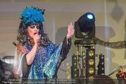 10. Trachtenpärchenball Teil 1 - Rathaus - Fr 09.09.2016 - Nina HAGEN (B�hnenfoto, Konzert)226