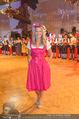 10. Trachtenpärchenball Teil 1 - Rathaus - Fr 09.09.2016 - Olivia PETER40