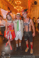 10. Trachtenpärchenball Teil 1 - Rathaus - Fr 09.09.2016 - Louie AUSTEN mit Almdudler Trachtenp�rchen (bodypainting)96