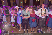10. Trachtenpärchenball Teil 2 - Rathaus - Fr 09.09.2016 - 275