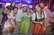 10. Trachtenpärchenball Teil 2 - Rathaus - Fr 09.09.2016 - 333