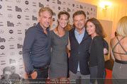 Calisti Show - Vienna Fashion Week - Mi 14.09.2016 - Kathi STUMPF, Alex PEZA, Wolfgang SCHWARZ mit Ehefrau Karoline1