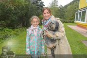 Licht ins Dunkel bei Nagy - Nagy Privathaus Gutenstein - Sa 17.09.2016 - Barbara KARLICH mit Tochter Gloria und Hund Meiki16