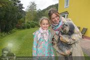 Licht ins Dunkel bei Nagy - Nagy Privathaus Gutenstein - Sa 17.09.2016 - Barbara KARLICH mit Tochter Gloria und Hund Meiki18