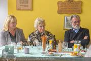 Licht ins Dunkel bei Nagy - Nagy Privathaus Gutenstein - Sa 17.09.2016 - Eva RADINGER, Waltraud HAAS, Adi HIRSCHAL87