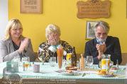 Licht ins Dunkel bei Nagy - Nagy Privathaus Gutenstein - Sa 17.09.2016 - Eva RADINGER, Waltraud HAAS, Adi HIRSCHAL89