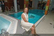Re-Opening - LeMeridien - Mo 19.09.2016 - Niki OSL im Poolbereich des Hotels117