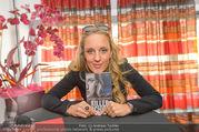 Killer-Tschick Buchpräsentation - Lugner Kinocity - Di 20.09.2016 - Lilian KLEBOW6