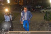 Die Tagespresse Show Premiere - Rabenhof Theater - Di 20.09.2016 - Richard LUGNER kommt allein und muss erstmal aufs Klo11