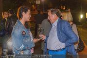 Die Tagespresse Show Premiere - Rabenhof Theater - Di 20.09.2016 - Richard LUGNER mit Journalistin39