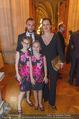 Schikaneder Premierenfeier - Rathaus - Fr 30.09.2016 - Steffen und Barbara HOFMANN, Kinder Emmilie, Sophie-Maria9
