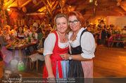 Damenwiesn - Wiener Wiesn - Do 06.10.2016 - Claudia WIESNER, Inge KLINGOHR105