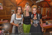 Damenwiesn - Wiener Wiesn - Do 06.10.2016 - Birgit INDRA, Claudia REITERER, Evelyn RILLE15