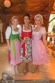 Damenwiesn - Wiener Wiesn - Do 06.10.2016 - Silvia SCHNEIDER, Sonja KATO, Kristina SPRENGER29