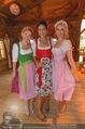 Damenwiesn - Wiener Wiesn - Do 06.10.2016 - Silvia SCHNEIDER, Sonja KATO, Kristina SPRENGER31