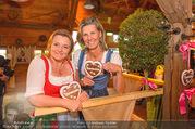 Damenwiesn - Wiener Wiesn - Do 06.10.2016 - Claudia WIESNER, Desi TREICHL-ST�RGKH48