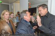 Wider die Gewalt Gala - Ronacher - Mo 10.10.2016 - Roland KAISER (im Hintergrund Ehefrau), Alfons HAIDER44