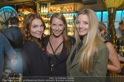 Restaurant Opening - Graben30 - Mi 12.10.2016 - Carina SCHWARZ, Barbara KAUDELKA, Chiara PISATI14