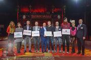 HEUTE StartUp Award Finale - Ronacalli Zelt - Do 13.10.2016 - Siegerfoto Gruppenfoto Gewinner109