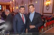 Ausstellungseröffnung - Schloss Esterhazy - Fr 14.10.2016 - Stefan OTTRUBAY mit Sohn Gustav47
