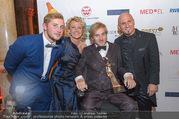 Life goes on Gala - Rathaus - Sa 15.10.2016 - Jonathan und Samuel KOCH, Emese D�RFLER-ANTAL, Christian RIJAVE38