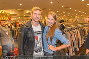 Shop Opening - TKmaxx Store - Mi 19.10.2016 - Carina SCHWARZ, Georg FECHTER24