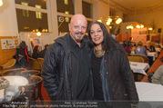 Stefanie Werger Buchpräsentation - Cafe Prückel - Do 13.10.2016 - Gary LUX mit Freundin7