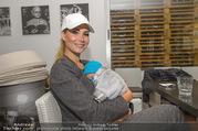 RADO Tennisturnier - Colony Tennisclub - So 23.10.2016 - Carmen STAMBOLI mit Baby Enzo (2 Monate)30