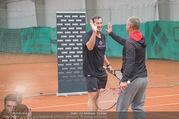 RADO Tennisturnier - Colony Tennisclub - So 23.10.2016 - Viktor GERNOT, abklatschen mit Thomas MUSTER40
