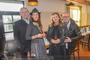 Lichter Oktoberfest - Schanzenwirt - So 23.10.2016 - Hans SCHMIED mit Petra, Karl MAHRER mit Christina18
