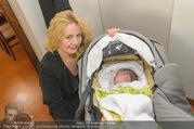 Lichter Oktoberfest - Schanzenwirt - So 23.10.2016 - Iva SCHELL mit Baby, Tochter Viktoria Katharina Luise 31